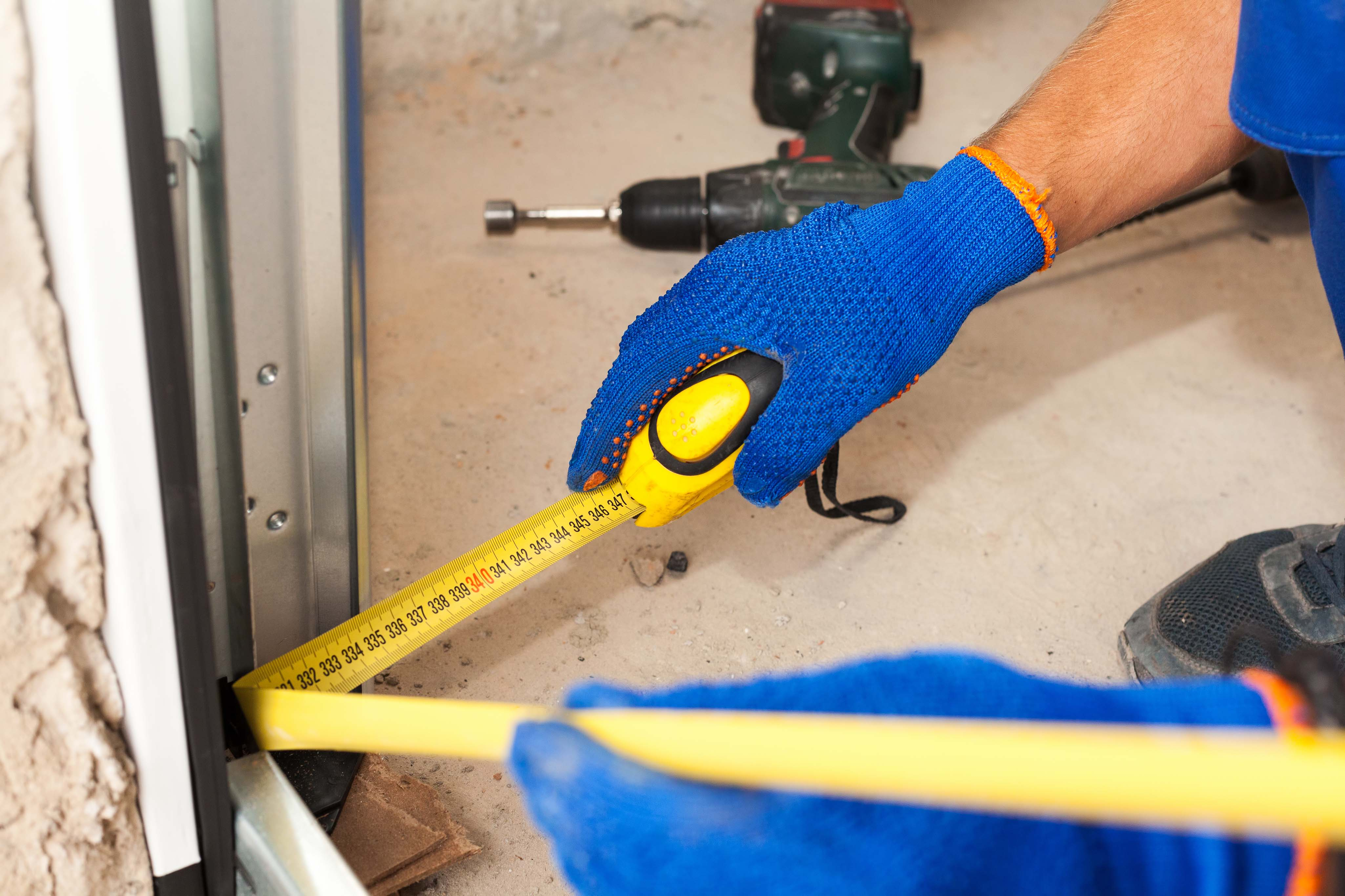 Thereu0027s no need to be worried about the expenses you think you might spend when it comes to installing a garage door seal. There are plenty of ways to own a ... & Tx Dallas Garage Door | Garage Door Repair Dallas pezcame.com
